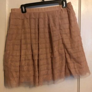 Dusty Rose ruffled BCBG skirt